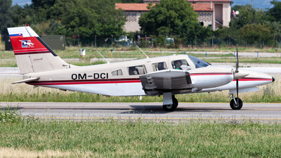 OM-DCI - Piper PA-34-220T Seneca III - Dubnica Air