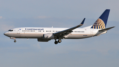 N76269 - Boeing 737-824 - Continental Airlines