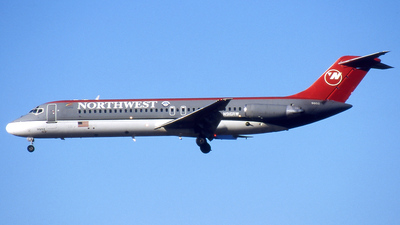 N916RW - McDonnell Douglas DC-9-31 - Northwest Airlines