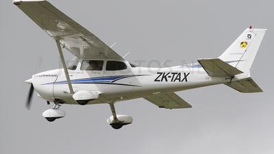 ZK-TAX - Cessna 172R Skyhawk II - Ardmore Flying School
