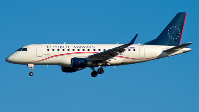 N822MD - Embraer 170-100SU - Republic Airways