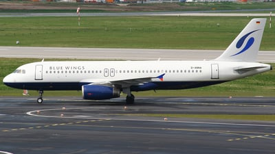 D-ANNA - Airbus A320-233 - Blue Wings