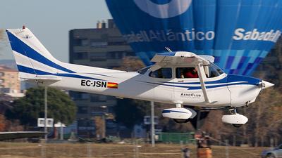 A picture of ECJSN - Cessna 172R Skyhawk - [17281309] - © Rodrigo Carvalho