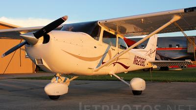 A picture of N6208C - Cessna 172S Skyhawk SP - [172S10820] - © Alvaro Angarita