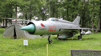 1423 - Mikoyan-Gurevich Mig-21R Fishbed H - Poland - Air Force