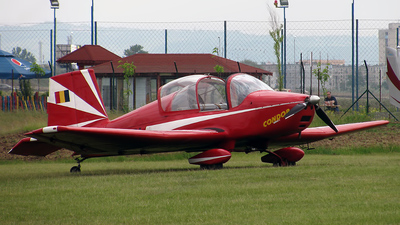 YR-6131 - Eduard Condor 2000 - Private