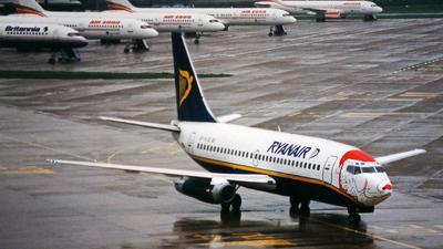 Boeing 737-204(Adv) - Ryanair