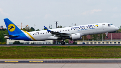 UR-DSB - Embraer 190-100STD - Ukraine International Airlines