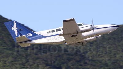 N4652N - Cessna 402C - Cape Air