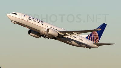 N77530 - Boeing 737-824 - United Airlines