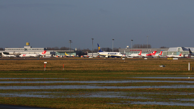 EDDW - Airport - Ramp