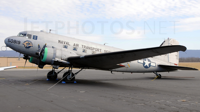 N229GB - Douglas DC-3C - Private