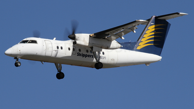 VH-XFU - Bombardier Dash 8-102 - Skippers Aviation