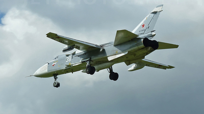 39 - Sukhoi Su-24MR Fencer - Russia - Air Force