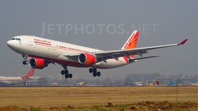 VT-IWB - Airbus A330-223 - Air India
