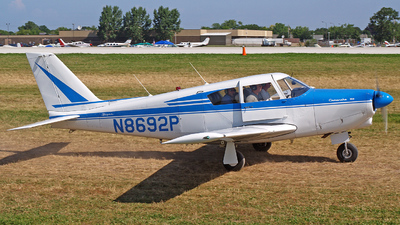 N8692P - Piper PA-24-260 Comanche - Private