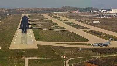 LGAV - Airport - Runway