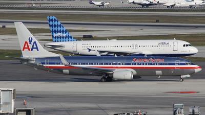 N871NN - Boeing 737-823 - American Airlines