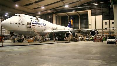 D-ABVB - Boeing 747-430 - Lufthansa