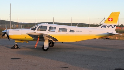 A picture of HBPNX - Piper PA32R301T - [32R8029040] - © Juha Portti