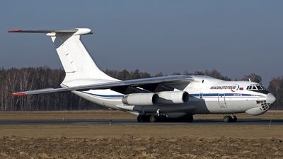 A picture of RA76483 - Ilyushin Il76TD - VolgaDnepr Airlines - © Mariusz Rams