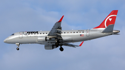 N624CZ - Embraer 170-200LR - Northwest Airlink (Compass Airlines)