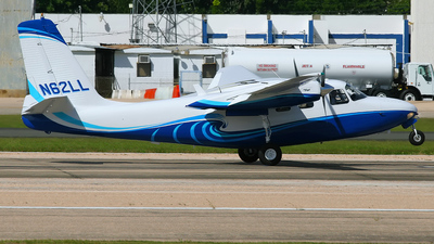 A picture of N62LL - Aero Commander 500A - [500A112258] - © Angel Natal