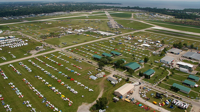 KOSH - Airport - Airport Overview