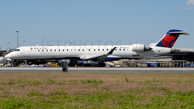 N930XJ - Bombardier CRJ-900LR - Delta Connection (Mesaba Airlines)
