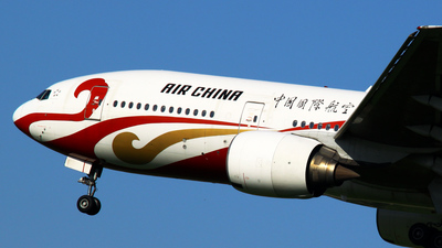 B-2060 - Boeing 777-2J6 - Air China