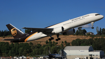 N415UP - Boeing 757-24A(PF) - United Parcel Service (UPS)