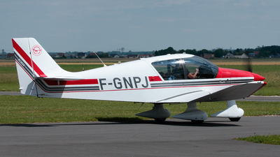 F-GNPJ - Robin DR400 - Private