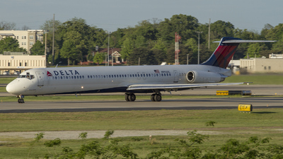 N992DL - McDonnell Douglas MD-88 - Delta Air Lines