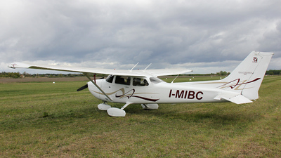 A picture of IMIBC - Cessna 172S Skyhawk SP - [172S10774] - © DanieleLIRA