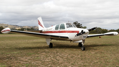 VH-GIP - Beechcraft 35-B33 Debonair - Private