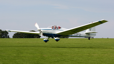 A picture of GCDFD - Scheibe SF25C Falke - [44705] - © Terry Figg