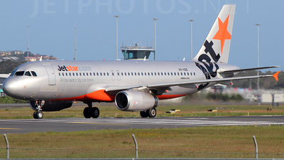 VH-VQS - Airbus A320-232 - Jetstar Airways