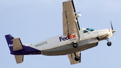 A picture of N965FE - Cessna 208B Super Cargomaster - FedEx - © Jeremy D. Dando