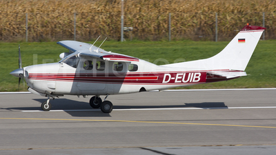 A picture of DEUIB - Cessna P210N Press. Centurion - [P21000162] - © Marc Ulm