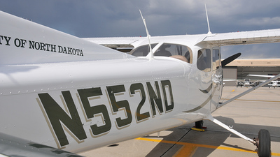 N552ND - Cessna 172S Skyhawk SP - University Of North Dakota