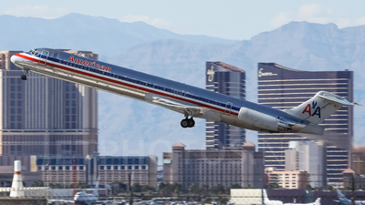 N570AA - McDonnell Douglas MD-83 - American Airlines