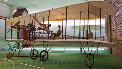 - Caproni Ca-1 - Private