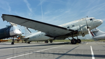 G-ALWC - Douglas DC-3 - Private