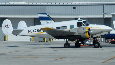 N8476H - Beech H18 - Private