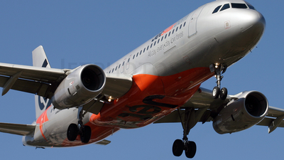 VH-VQV - Airbus A320-232 - Jetstar Airways