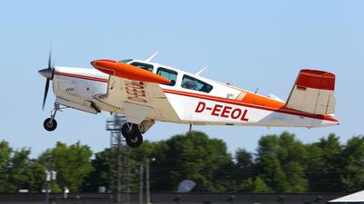 D-EEOL - Beechcraft V35B Bonanza - Private