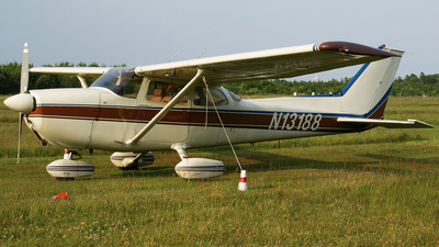 N13188 - Cessna 172M Skyhawk - Private