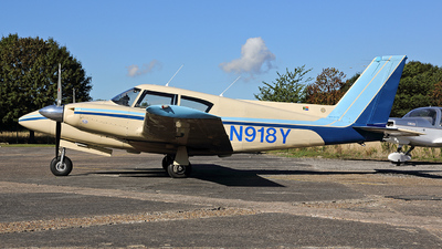 A picture of N918Y - Piper PA30 Twin Comanche - [30736] - © Ian Tate