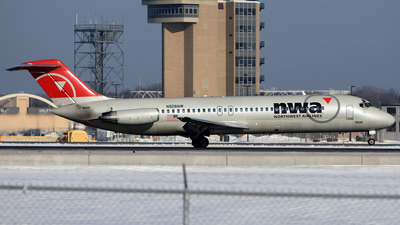N926NW - McDonnell Douglas DC-9-32 - Northwest Airlines