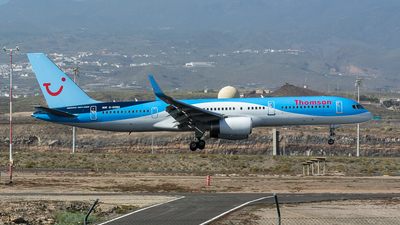 G-OOBD - Boeing 757-28A - Thomson Airways